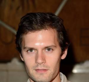 Hugo Becker est déteminer à s'imposer en tant qu'acteur, et il est bien parti pour réussir.