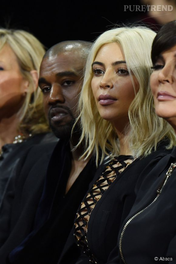 Kanye West, Kim Kardashian et Kris Jenner au défilé Givenchy Automne-Hiver 2015/2016, ce dimanche 8 mars 2015.
