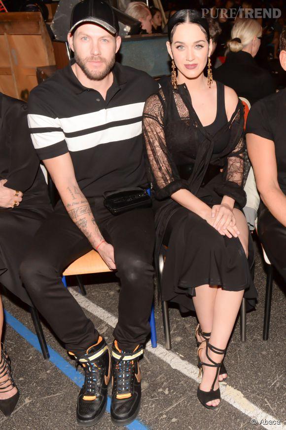 Katy Perry et Johnny Wujek au défilé Givenchy Automne-Hiver 2015/2016, ce dimanche 8 mars 2015..