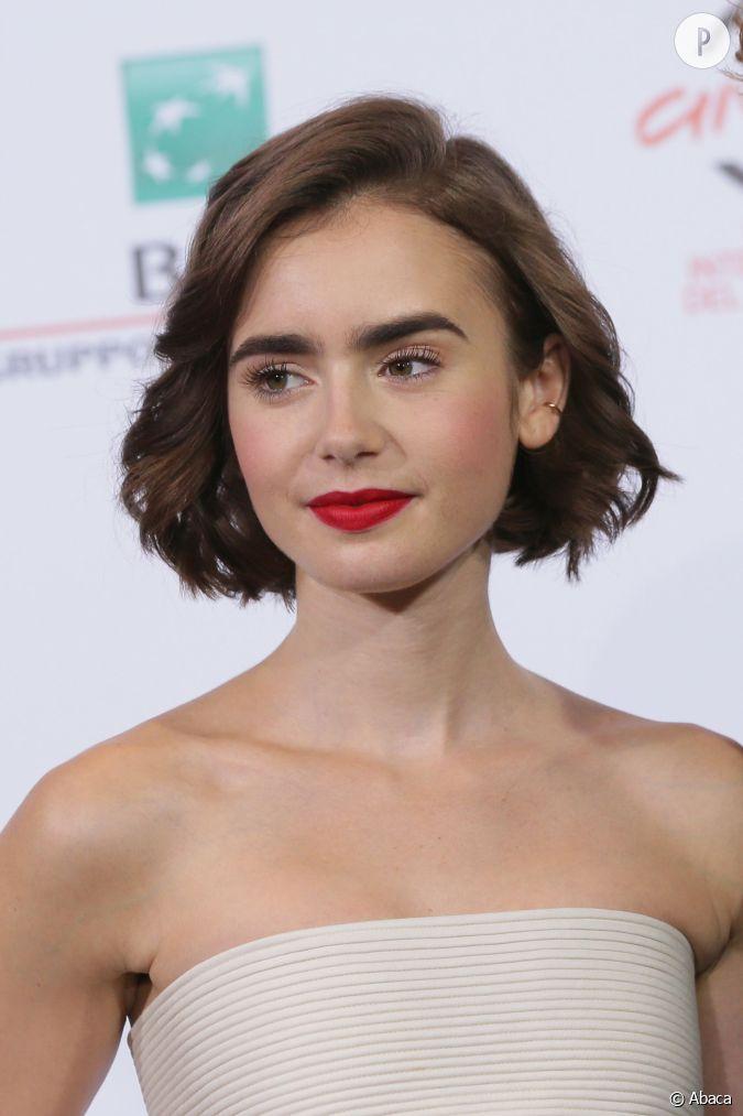 Les visages fins comme celui de lily collins peuvent se permettre tous les styles de carr osez - Carre flou court ...