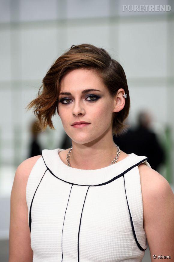 Kristen Stewart succombe au wob. Le carré flou est une tendance capillaire incontournable à Hollywood.