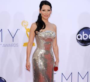 Lucy Liu en Versace.