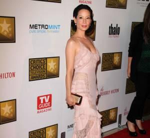 Lucy Liu en Atelier Versace.
