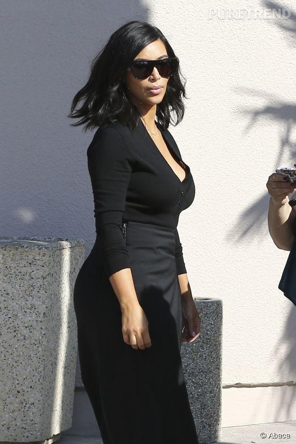 Son tour de taille affiné ? Kim Kardashian le doit au corset.