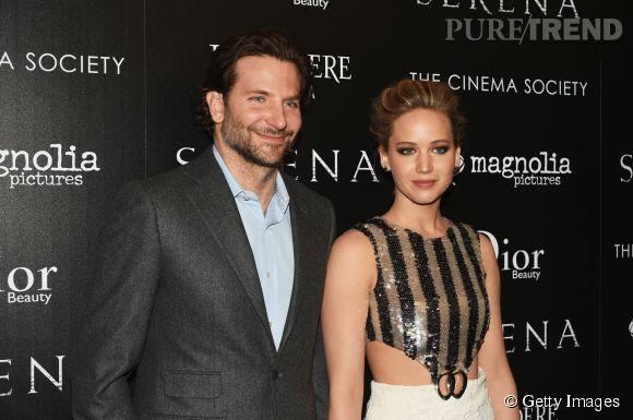 """Jennifer Lawrence et son """"mari de travail"""" à la projection de """"Serena"""" à New York le 21 mars 2015."""