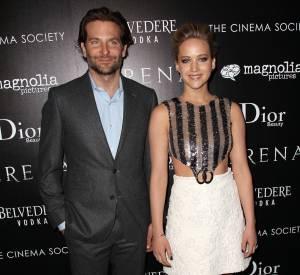 """Bradley Cooper et Jennifer Lawrence partagent l'affiche pour la troisième fois dans """"Serena""""."""