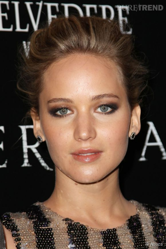 "Jennifer Lawrence canon à la projection de ""Serena"" à New York le 21 mars 2015."