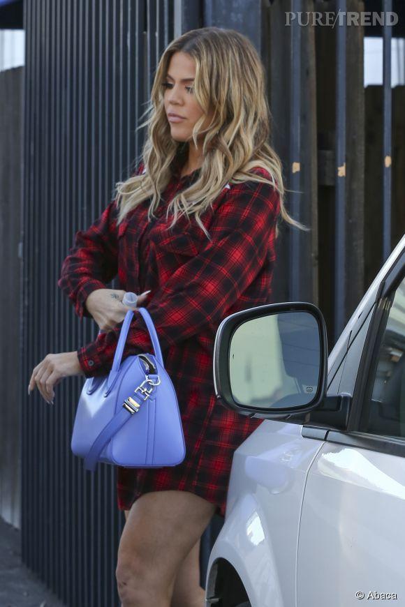 Khloe Kardashian, pas de pantalon dans les rues de Los Angeles.