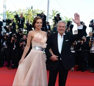 Alain Delon et Marine Lorphelin au Festival de Cannes 2013.