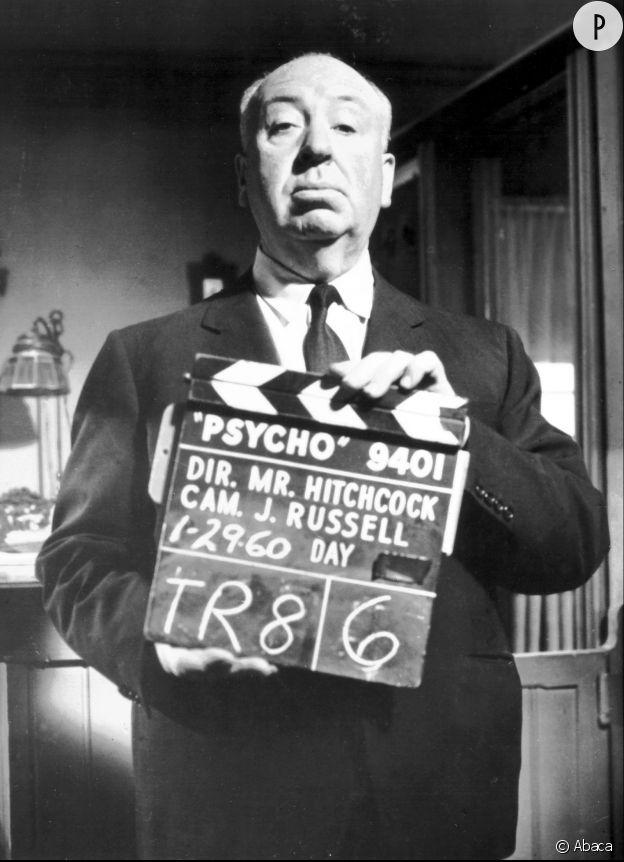 """Alfred Hitchcock est visible à l'écran au tout début de """"Psychose""""."""