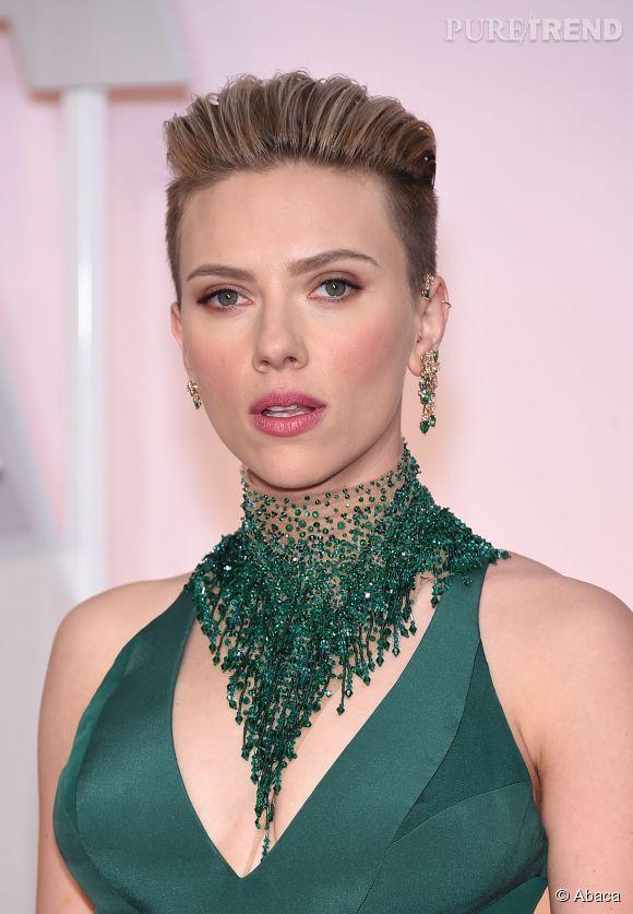"""Scarlett Johansson et Luc Besson ont emmené """"Lucy"""" au sommet du box-office en battant tous les records."""
