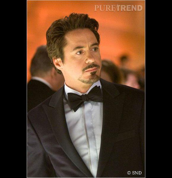 Robert Downey Jr, élégant avec son noeud papillon.