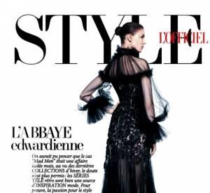 Victorienne et gothique : cette robe prône l'ambivalence comme esthétique fondatrice (L'Officiel de la Mode, novembre 2012).