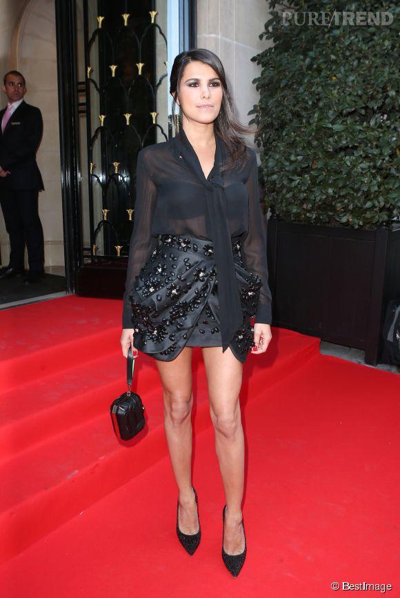 Karine Ferri chic et sexy en chemisier noir transparent au Global Gift Gala le 13 mai 2013.