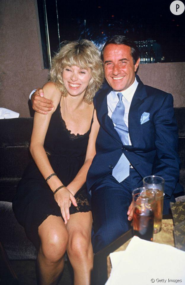 Mireille Darc et le journaliste Pierre Barret.