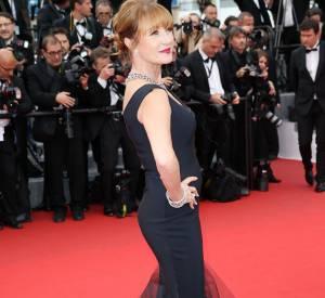 """L'actrice Jane Seymour lors de la montée des marches de """"Mad Max : Fury Road"""" ce jeudi 14 mai 2015, au Festival de Cannes."""