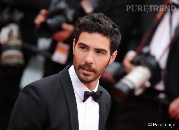 """Tahar Rahim lors de la montée des marches de """"Mad Max : Fury Road"""" ce jeudi 14 mai 2015, au Festival de Cannes."""