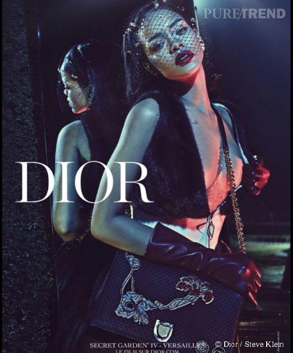 """Rihanna, princesse sexy de la collection """"Secret Garden"""" de Dior."""