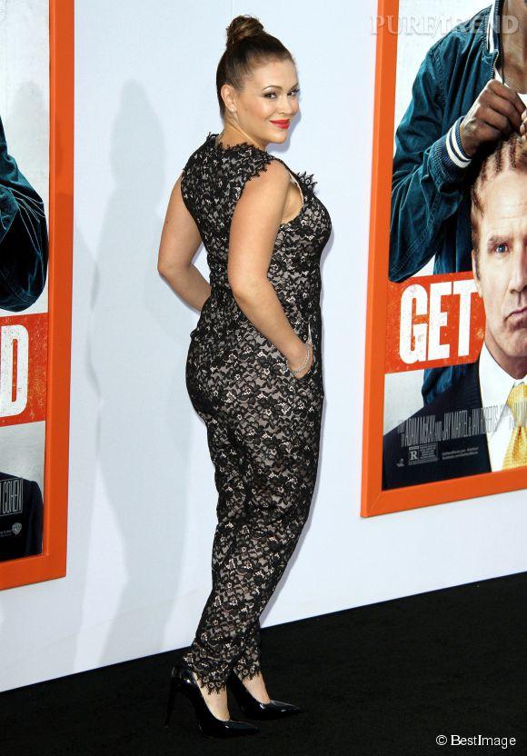 Alyssa Milano aimerait perdre encore quelques kilos mais ne se focalise pas sur son poids. Elle dit même aimer ses vergetures, véritables marque de vie sur son corps.