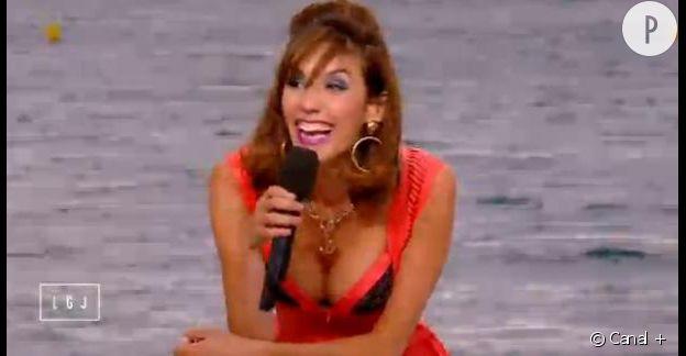 Doria Tillier, la plus sexy et déjantée des cagoles cannoises à l'occasion du Festival de Cannes 2015.