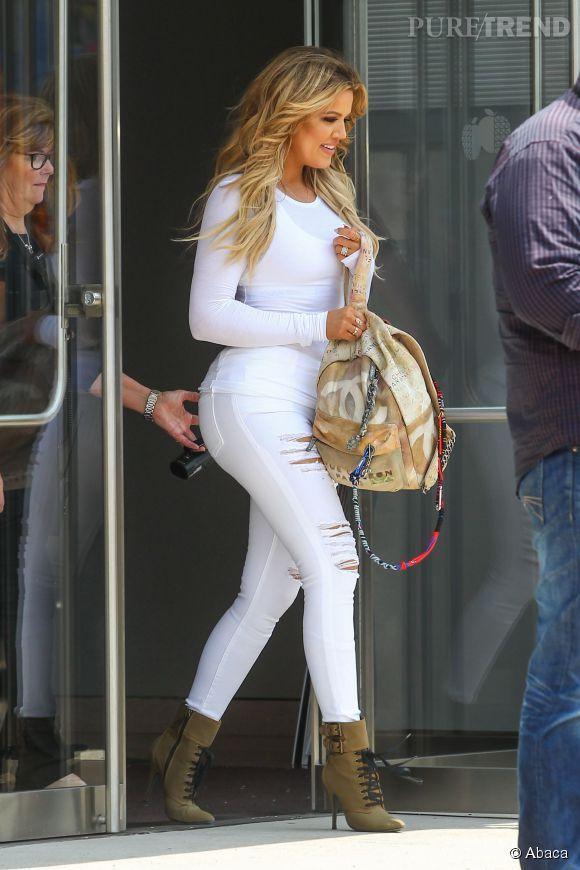 Khloe Kardashian était hier à l'aéroport de JFK, à New York.