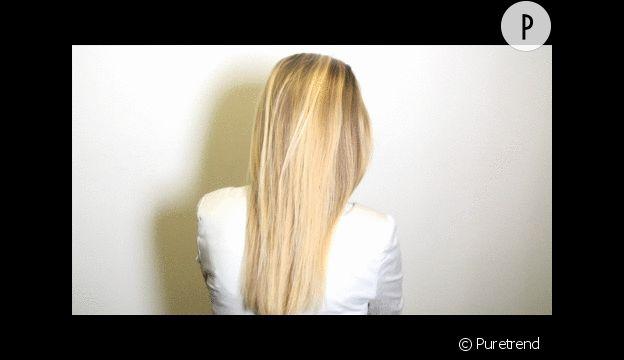 Séparer les cheveux en trois brins.
