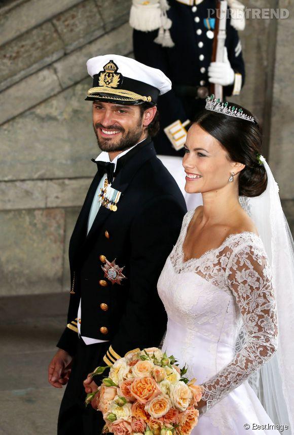 Celle que nous appellerons désormais la princesse Sofia de Suède rayonnait de bonheur.