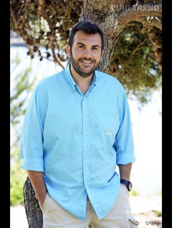 """Laurent Ournac méconnaissable avec 45 kilos en moins dans la 7ème saison de """"Camping Paradis""""."""