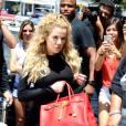 Khloe Kardashian, on ne peut qu'aimer sa métamorphose qui lui va à ravir.