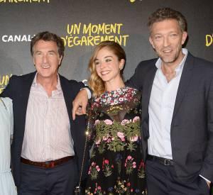 Alice Issaz avec les trois acteurs du film : Lola le Lann, François Cluzet et Vincent Cassel.