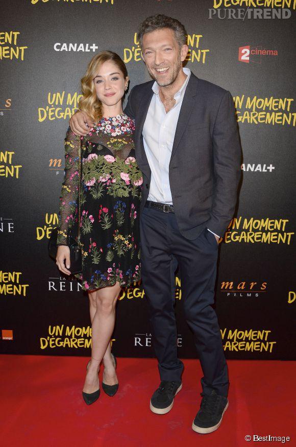 Alice Issaz avec Vincent Cassel, qui interprète son père dans le film.