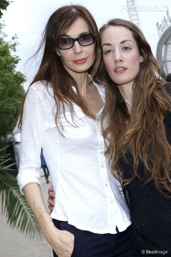 Anne Parillaud et Juliette, fille qu'elle a eu avec le réalisateur Luc Besson en 1987.