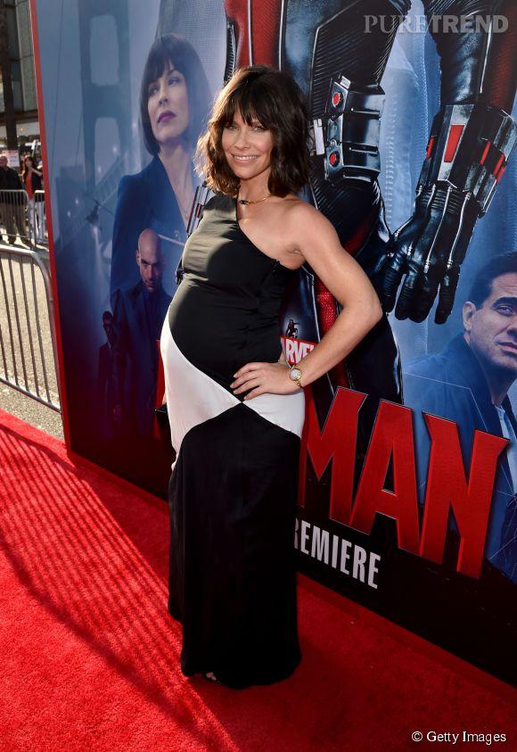 Evangeline Lilly a gardé sa grossesse secrète jusqu'à maintenant.