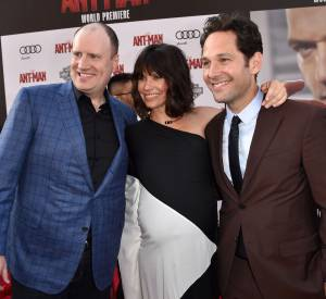 L'actrice Evangeline Lilly entouré de Paul Rudd et du président des studios de Marvel, Kevin Feige.
