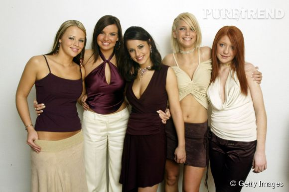 Les Girls Aloud ont été lancée en 2002 avec Cheryl Cole, Nicola Roberts, Nadine Coyle, Kimberley Walsh et Sarah Harding. Tailles basses, top spaghettis ou encore tour du coup, elles résument les tendances de l'époque.