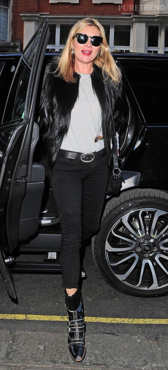 Kate Moss devenait récemment l'égérie du dernier parfum Burberry.