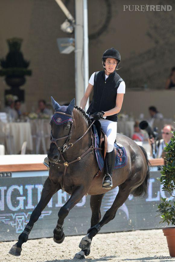 Charlotte Casiraghi ou la grâce incarnée sur un cheval...
