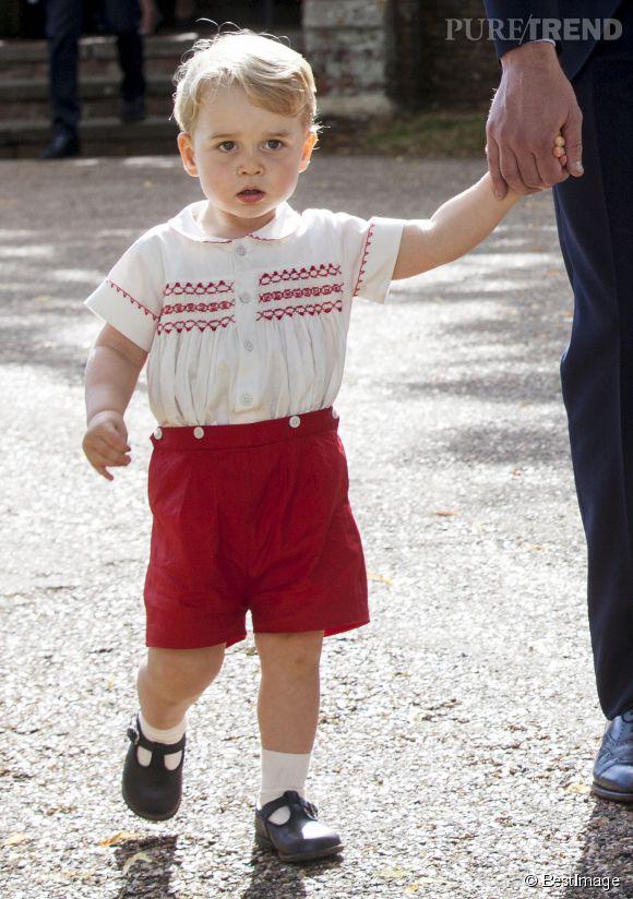 Le prince George au baptême de sa soeur Charlotte, ce dimanche 5 juillet 2015.