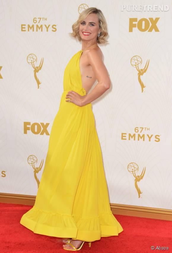 """Top   Taylor Schilling de """"Orange is the new black"""" préfère le jaune de Stella McCartney."""