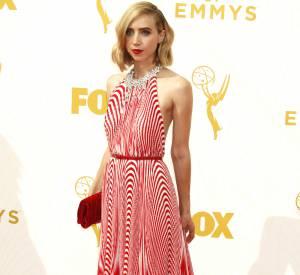 Top Zoe Kazan audacieuse dans sa robe rayée Miu Miu.
