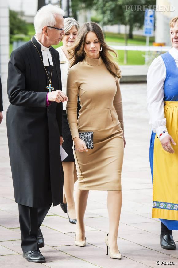 Sofia de Suède, un peu trop sexy pour aller à l'église.