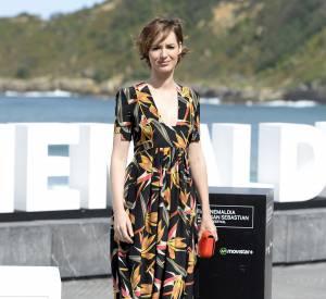 Louise Bourgoin : une icône mode qui mise tout sur une robe rétro, inspirée des années 50.