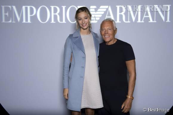 Beatrice Borromeo prend la pose avec Giorgio Armani