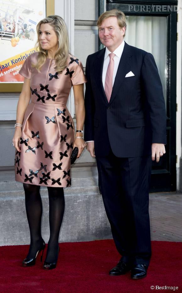 """Maxima des Pays-Bas a la chance de compter sur le soutien """"mode"""" de son mari qui accorde ses cravates aux robes de son épouse."""
