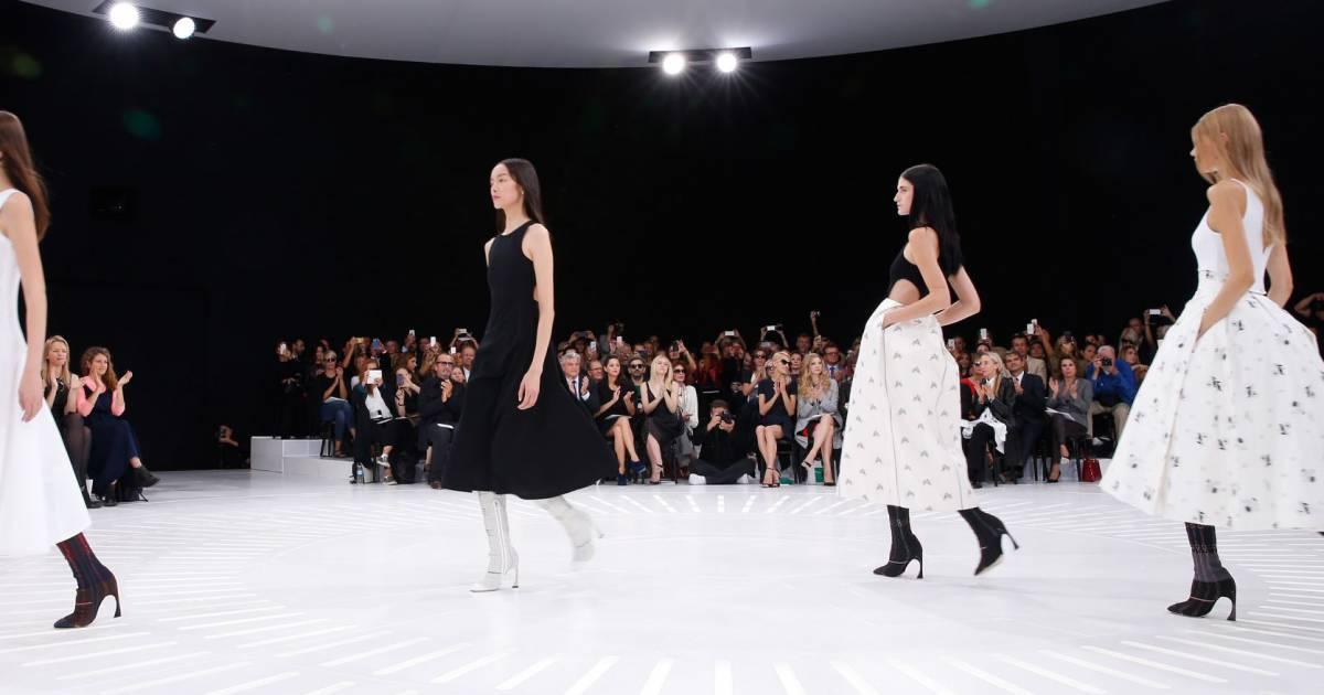 fashion week de paris le calendrier des d fil s du printemps t 2016. Black Bedroom Furniture Sets. Home Design Ideas