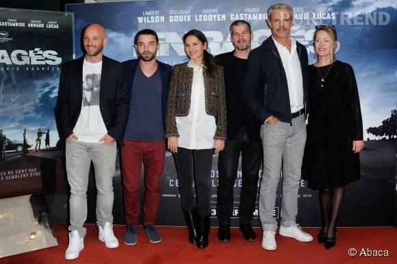 """Virginie Ledoyen avec toute l'équipe du film """"Les enragés"""", lors de l'avant-première au cinéma UGC Ciné Cité des Halles à Paris, le 28 septembre 2015."""