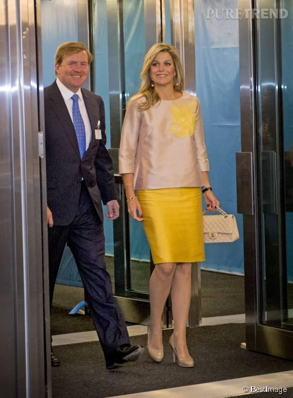 Maxima et son mari, le roi Willem-Alexander. La reine ose le jaune flashy !