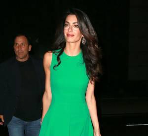 Amal Clooney : lutin vert toujours plus maigre aux côtés de George Clooney