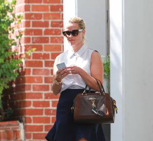 Reese Witherspoon : preppy chic à Beverly Hills... Un look à shopper !