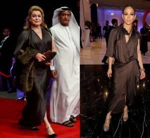 Catherine Deneuve vs Jennifer Lopez : la robe drapée Lanvin